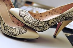 Gorgeous court shoes | heels