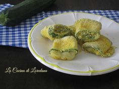 rolls of crispy zucchini Veggie World, Cooking Recipes, Healthy Recipes, Antipasto, Sweet And Salty, Soul Food, Food Inspiration, Italian Recipes, Zucchini