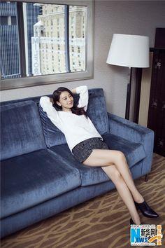 China Entertainment News: Gao Yuanyuan in New York Gao Yuanyuan, Good Looking Women, Chinese Actress, Stylenanda, Ao Dai, Korean Women, All About Fashion, Asian Beauty, Asian Girl