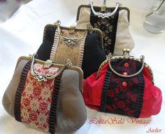 Frame bag by LolitaSalá. Vintage Purses, Vintage Bags, Fabric Wallet, Frame Purse, Wedding Bag, Denim Bag, Cloth Bags, Handmade Bags, My Bags