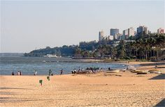 Maputo Bay, Maputo, Mozambique [photo by Marcos Antonio Marques]