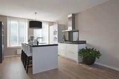 Keukens on pinterest met van and white kitchens - Keuken eiland ...