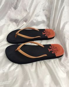 86916512110c2 Tory Burch Women s Thong Sandals Size 8 Orange  fashion  clothing  shoes   accessories