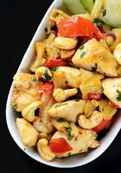 http://ostra-na-slodko.pl/2015/01/30/kurczak-po-tajsku-z-orzechami-nerkowca-thai-chicken-cashew/