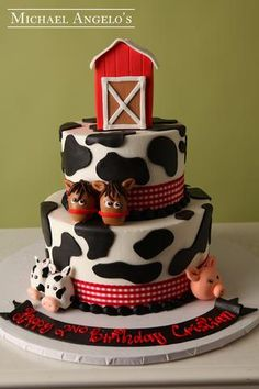 Are you an animal lover? If so, this category is full of fun cake designs for you to display and enjoy at any celebration! From dogs and dinosaurs, to fish and farm animals, these designs will sure have your guests in awe! Lemon Mousse, Raspberry Mousse, Barn Cake, 1st Birthday Parties, 4th Birthday, Birthday Ideas, Black Fondant, Farm Animal Birthday, Buttercream Filling