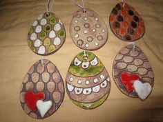 Velikonoce Farm Crafts, Clay Crafts, Diy And Crafts, Arts And Crafts, Egg Tree, My Art Studio, Clay Ornaments, Art For Kids, Pattern Design