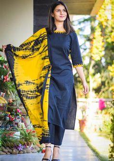 Black Straight Kurta with Pants and Dupatta contact : Silk Kurti Designs, Churidar Designs, Kurta Designs Women, Kurti Designs Party Wear, Sleeves Designs For Dresses, Dress Neck Designs, Banarasi Lehenga, Saree, Indian Designer Outfits