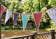 DIY Patriotic Pennant Banner! Burlap & Fabric + Mod Podge = Easy Peasy!
