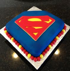 Superman Cake! Had so much fun making this!