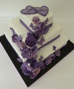 Hochzeitstorte lila 2