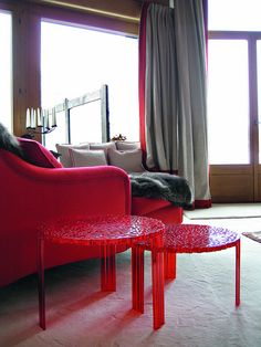 #red - T Table by Patricia Urquiola