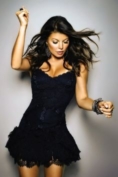 Fergie, So many looks at differnt angles, at the same time...........................