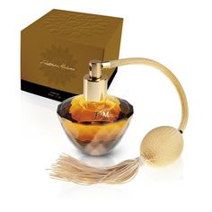 313 - LUXURY PARFUM 50ml FM GROUP - on-line shop. This 50 ml perfume is a compelling combination of lemon, sweet raspberry and honey notes with intoxicating flavour of orange blossom, jasmine and herbal aroma of patchouli. £17.40 Price per pc. Code: 3130.