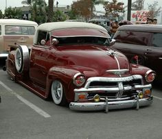 Chevy trucks aficionados are not just after the newer trucks built by Chevrolet. They are also into oldies but goodies trucks that have been magnificently preserved for long years. Cool Trucks, Big Trucks, Cool Cars, Chevy Stepside, Chevy Pickups, Custom Trucks, Custom Cars, 54 Chevy Truck, Lowrider Trucks