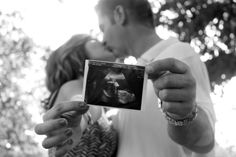 Say hello...I love you                  this would be cute w/ us holding a pic of the girls!! #lyndseywatts