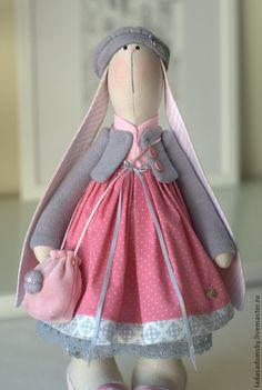 Купить Зайка Chloe - 38 cм - брусничный, серо-розовый, Розовое платье, зайка девочка