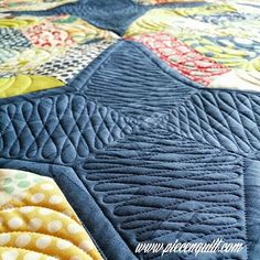 Free-Motion Quilting by Natalia Bonner, author of Beginner's Guide to Free-Motion Quilting Long Arm Quilting Machine, Machine Quilting Patterns, Longarm Quilting, Free Motion Quilting, Quilting Projects, Quilt Patterns, Quilting Tools, Quilting Ideas, Quilt Stitching