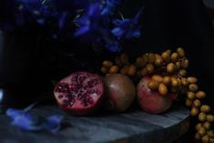 Gardenista; Belgian Masters' Inspired Floral DIY; fall flowers; pomegranate;