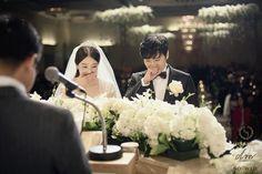 Sungmin and Kim Sa Eun honeymoon in the Maldives
