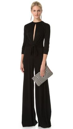 Black Long Sleeve Jumpsuit by Issa Passion For Fashion, Love Fashion, Womens Fashion, Fashion Shoes, Look Street Style, Winter Mode, Overall, Look Chic, Mode Inspiration