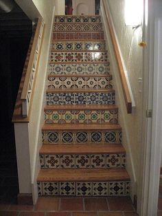 Exceptionnel Cheerful Tile Steps Always Compliment Stucco Walls. #staircase #stairs #tile  #riser. Mexican ...
