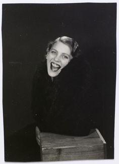 Man Ray - Lee Miller éclatant de rire, 1931