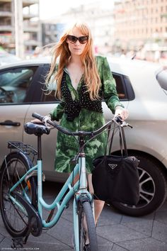 cute bike, and outfit :)