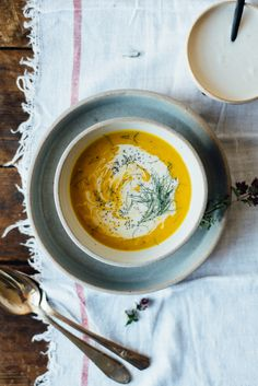 kabocha squash, fennel + ginger soup w/ spicy coconut cream   dolly and oatmeal