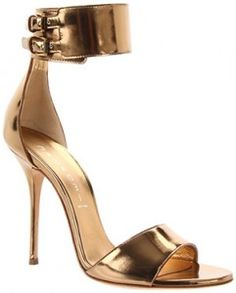 Stunning gold #evening shoes