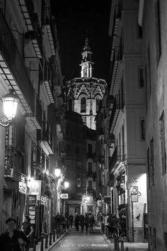 Valencia antigua (España) Places In Spain, Alicante, Old Photos, Black And White, Country, Nostalgia, City, Travel, Favorite Things