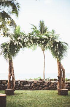 2 - Love this island flair for an arch.