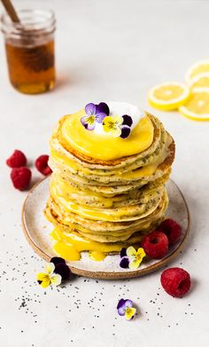 This Lemon Ricotta Pancakes with Raw Honey and Lemon Curd recipe is featured in the Pancakes feed along with many more. Crepes, Lemon Ricotta Pancakes, Lemon Curd Recipe, Raw Honey, Honey Lemon, Breakfast Cake, Savoury Cake, Recipe Of The Day, Clean Eating Snacks