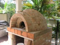 Pizzas and pizza ovens galore!