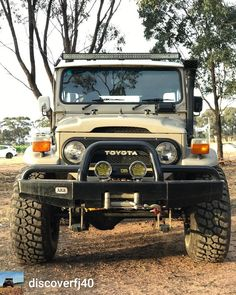 """1,007 Likes, 6 Comments - Aus 4x4 Sales (@aus4x4sales) on Instagram: """"Regranned from @discoverfj40 - Front end friday #lean #fj40 #landcruiser"""""""