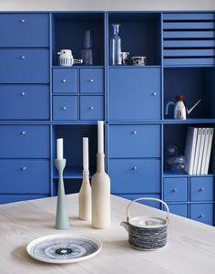 Ideas apartment living room decor blue shelves for 2019 Garderobe Design, Montana Furniture, Apartment Color Schemes, Blue Living Room Decor, Living Rooms, Blue Shelves, Apartment Interior Design, Apartment Living, Interior Inspiration