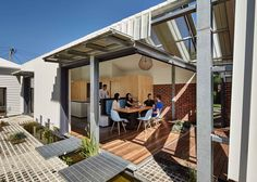 Cut Paw Paw by Andrew Maynard Architects | Yellowtrace