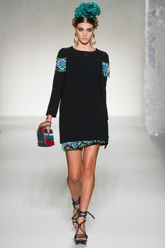 Moschino  SPRING/SUMMER 2012  READY-TO-WEAR