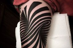 Incredible Optical Illusion Tattoo | IFLScience