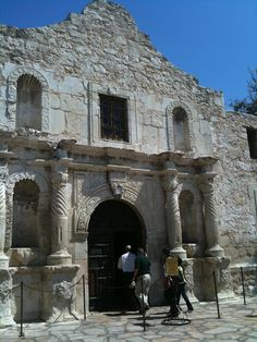 The Alamo, San Antonio Texas.I would love to go see this place one day.Please check out my website thanks. www.photopix.co.nz