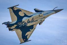 Rafale - solo display Rafale Dassault, Dassault Aviation, Indian Air Force, C 130, Aircraft Painting, Airplane Art, Nose Art, World War Two, Cambridge England