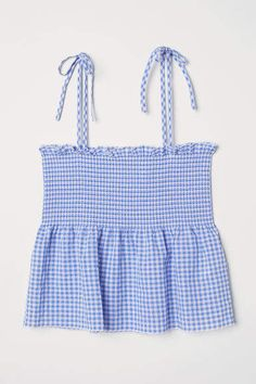 Running Plan Discover Peplum Top with Smocking Top in woven cotton fabric with tie-top shoulder straps and wide ruffle-trimmed smocking at top. Seam at waist and a flared peplum. Hm Outfits, Cute Casual Outfits, Cute Summer Outfits, Cute Summer Tops, H&m Fashion, Fashion Kids, Fashion Online, Fashion Outfits, Denim Maxi Dress