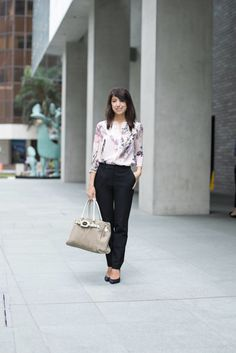 SHENTONISTA: Welcome To Town. Nathalie, Top from Ted Baker, Pants from Massimo DuttiShoes from Aldo. #shentonista #theuniformsg #singapore #fashion #streetstyle #style #ootd #sgootd #ootdsg #wiwt #popular #people #female #womenswear #sgstyle #minimal #Ted Baker #Pants #MassimoDutti #Aldo