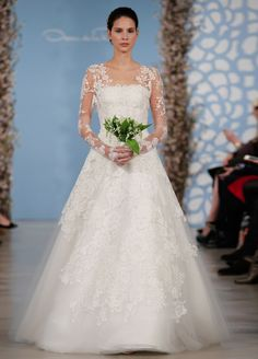 Classic, elegant and feminine! Love this gorgeous wedding gown from the Oscar de la Renta Spring 2014 collection! Wedding Dresses 2014, Gorgeous Wedding Dress, Long Sleeve Wedding, Wedding Dress Sleeves, Designer Wedding Dresses, Bridal Dresses, Wedding Gowns, Lace Sleeves, Weeding Dress