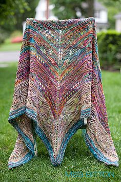 Ravelry: naturalightknits' Gone, but close.  Oh my this is gorgeous!