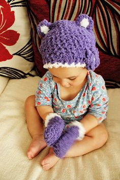 0 to 3m Newborn Bear Hat Purple Baby Hat and Mittens Baby Shower Gift  Crochet Flower Baby Bear Hat Set Infant Photo Prop e64d5eddf9c2
