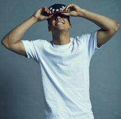 Quincy Such a fox! Just what I need a real MAN for the new year! So I& pag. Future Boyfriend, To My Future Husband, Quincy Combs, Christian Husband, Quincy Brown, Teenage Boy Fashion, Cute Black Boys, Love Me Forever, Chris Brown