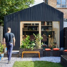 Twelve back-garden offices for working from home Outdoor Office, Backyard Office, Backyard Studio, Small Garden Office, Backyard Cabin, Studio Hangar, Shed Conversion Ideas, Shed Office, Studio Shed