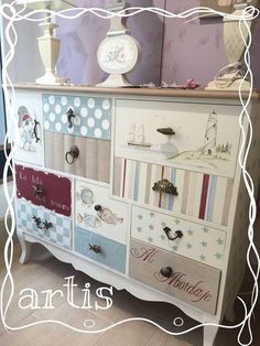 Color Recipes for Painted Furniture and More: 40 step-by-step Funky Painted Furniture, Decoupage Furniture, Refurbished Furniture, Paint Furniture, Repurposed Furniture, Shabby Chic Furniture, Furniture Projects, Furniture Making, Furniture Makeover