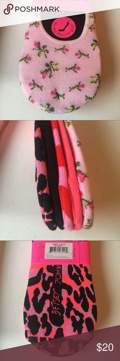 Betsey Johnson Footie Pink Rose Leopard Stripe Betsey Johnson Footies 5 Pairs Size 9-11 NWT Betsey Johnson Accessories Hosiery & Socks