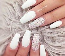 Inspiring image glitter, nail art, nail polish, nails, white, coffin nails #3379473 by marine21 - Resolution 320x320px - Find the image to your taste